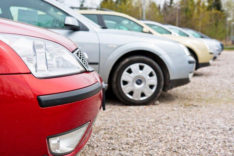 Automotive-Market.jpg